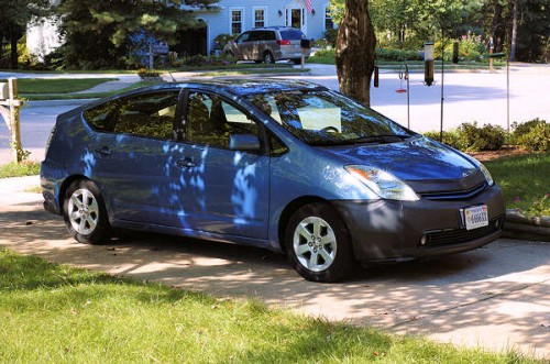 The Prius, some years ago.  It doesn't look much different today.